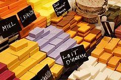 240px-Salon_de_l-agriculture_2011_-_savons_parfumes_-_01.jpg